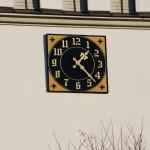 Zegar na kościele w Wapienicy
